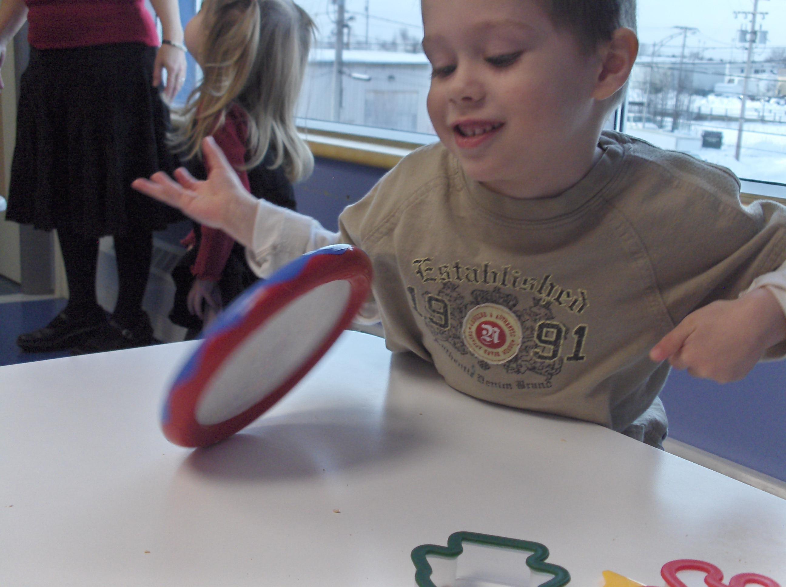 Turbo L'autisme: Caractère restreint et répétitif des comportement  KM08